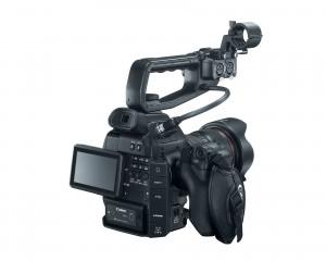 eos c100 mit audio-einheit / © canon